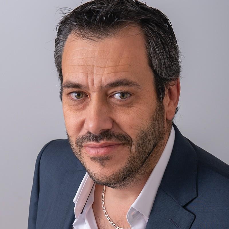Bruno Martinez Log'in Line